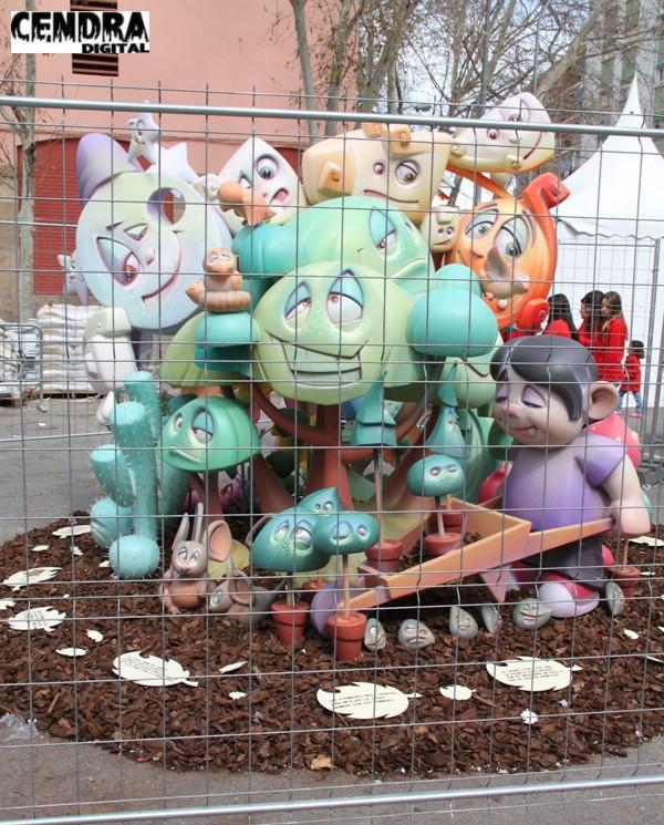 151-Justo Vilar- Plaza Mercado del Cabanyal infantil
