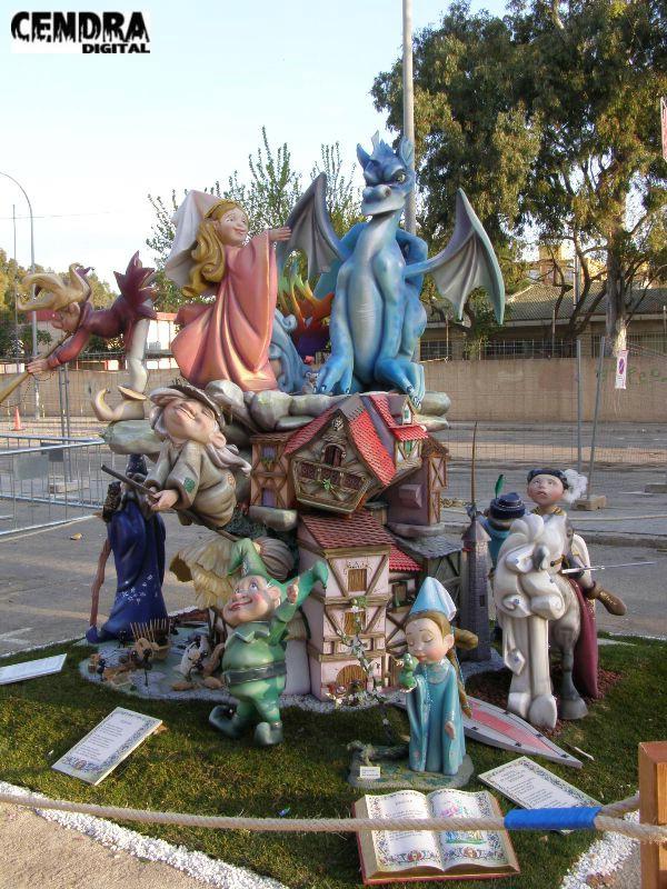 308-Plaza Mercado de Castilla infantil