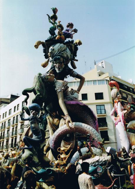 2000(2).jpg