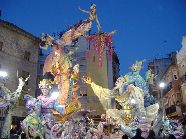 El Mercat 2010. Palacio y Serra.