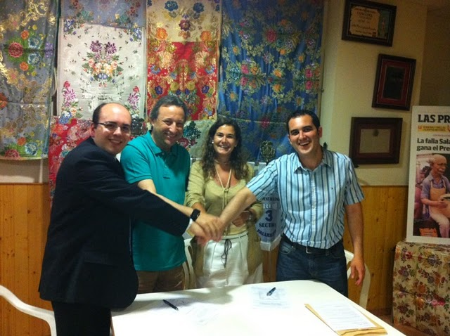 Firma de contratos 2012 3 Junta General