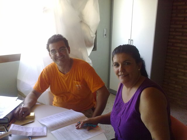 firma_del_contrato_con_Pere_Baenas